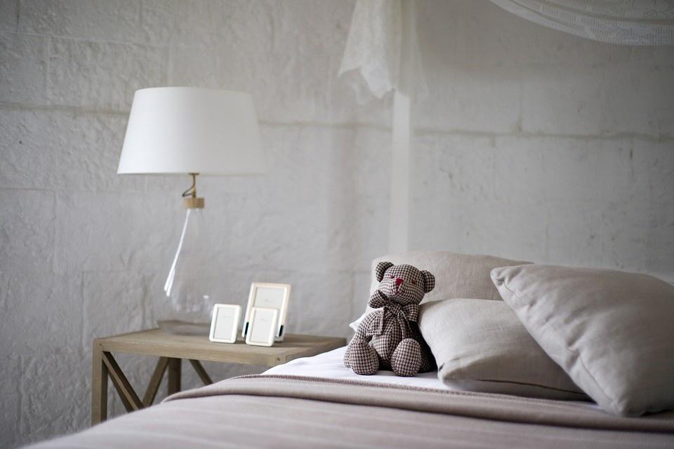 4 tips om je slaapkamer sfeervol te verlichten - Violadagamba